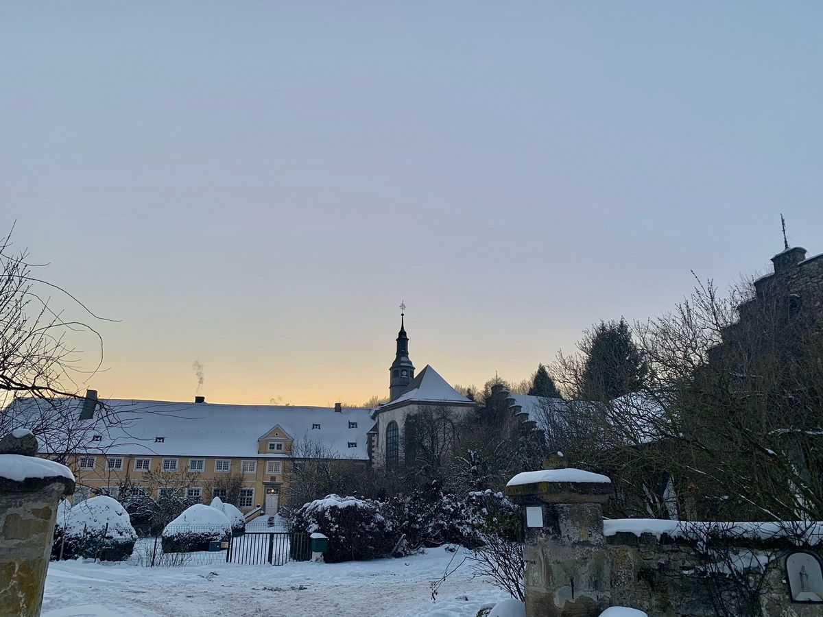 Gut Holthausen im Winter